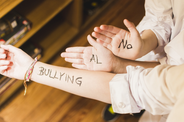 Photo of Chicos e Internet: 4 Pilares Para Combatir El Ciberbullying